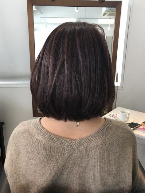 自毛と近い髪型のピンクブラウン医療用ボブウィッグ